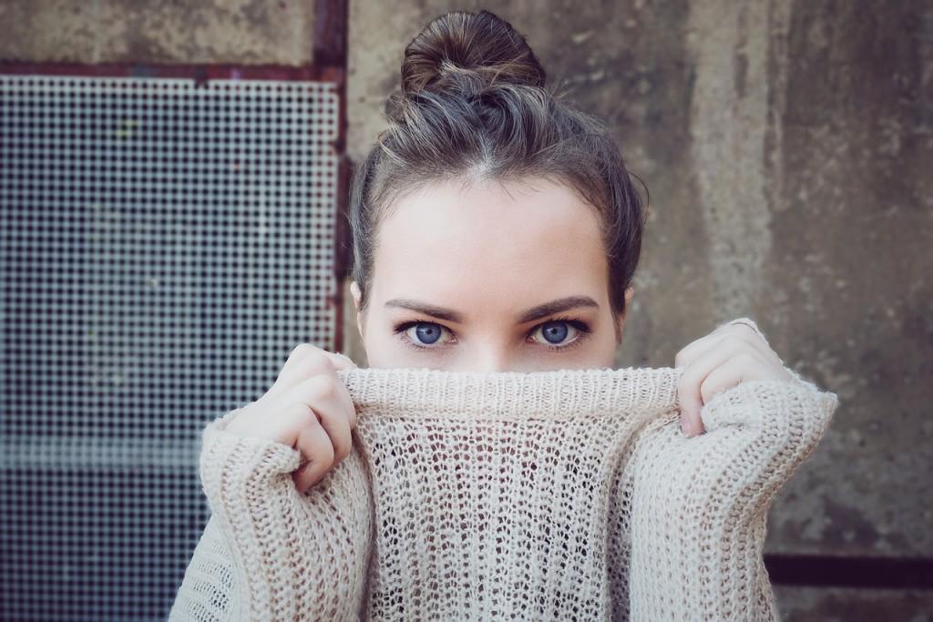 woman_clothing_eye